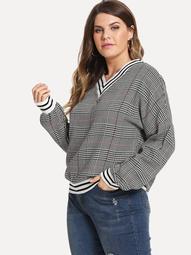Plus Houndstooth V-Neck Sweatshirt