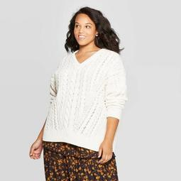 Women's Plus Size V-Neck Cable Chenille Pullover Sweater - Universal Thread™