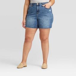 Women's Plus Size High-Rise Boyfriend Jean Shorts - Universal Thread™ Medium Wash
