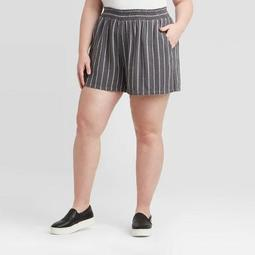 Women's Plus Size Striped Mid-Rise Pull-On Shorts - Universal Thread™ Gray