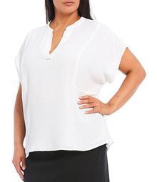 Plus Size Crepe de Chine Split V-Neck Short Sleeve Top