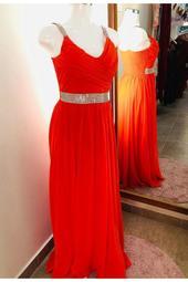 Vestido Largo Naranja Con Cinto De Diamantes