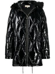 diamond-quilted padded coat