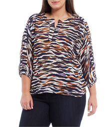 Plus Size Animal Print Split V-Neck 3/4 Sleeve Top