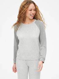 Raglan Crewneck Pullover Sweatshirt