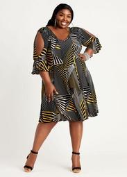 Abstract Split Sleeve Seamed Dress