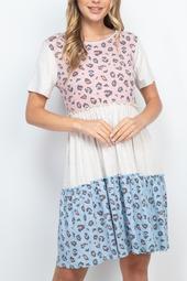 Contrast-Tiered-Ruffle-Dress