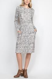 Long-Sleeve-Loral-Print-Dress-With-Inseam-Pocket