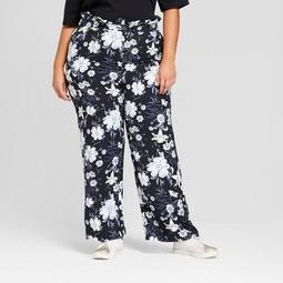 Women's Plus Size Relaxed Paperbag Trousers - Who What Wear™ Black Floral