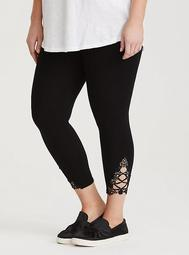 Black Crochet Cropped Legging