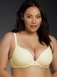 Delicate Lace Push-Up Plunge Bra