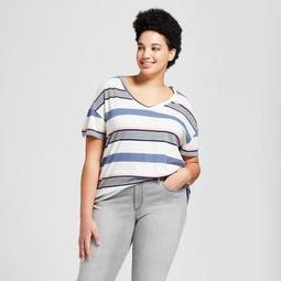 Women's Plus Size V-Neck Stripe Short Sleeve T-Shirt  - Universal Thread™ Navy Stripe