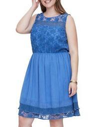 Plus Concha Sleeveless Above-Knee Dress
