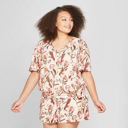 2b5e24c592c Ava   Viv™ Women s Plus Size Floral Print Woven Wrap Short