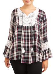 Women's Plus Size Plaid Top with Macrame