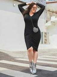 Plus Solid Ruched Bodycon Dress